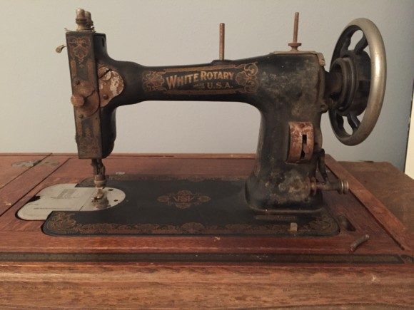 1913 White Rotary treadle sewing machine restoration