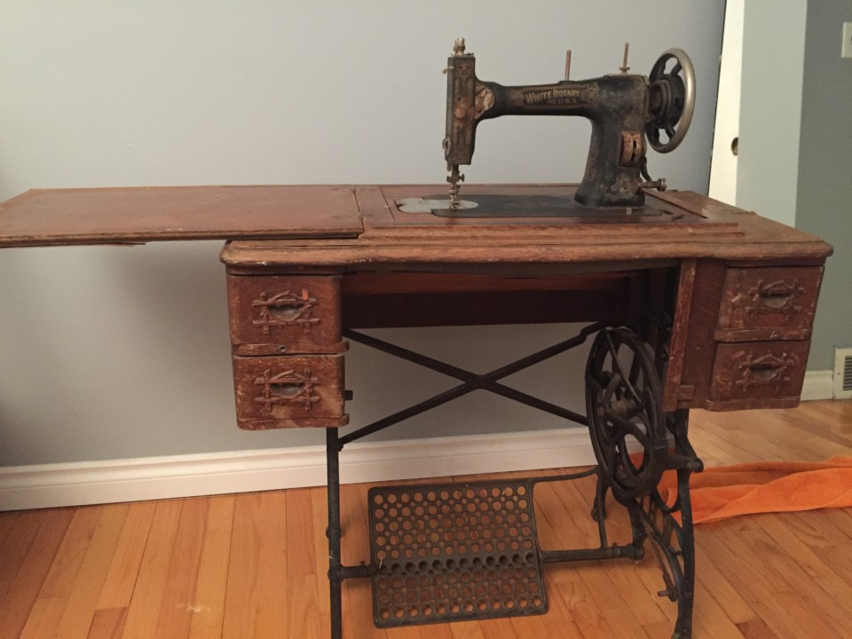 40 White Rotary Treadle Sewing Machine Restoration Naomix Adorable 1913 White Rotary Sewing Machine